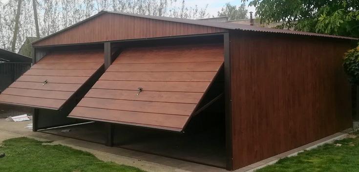 Wykonane garaże blaszane